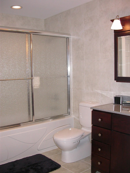 Specialize elegant master bathroom ideas battery mirrors use for Elegant master bathroom ideas